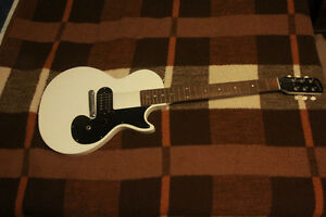 Gibson Melody Maker (White)