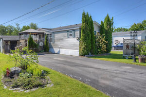 Well Maintained Mini Home in Tamarack Estates - 16 Roy Street