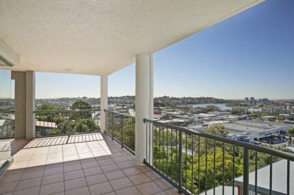 180 DEGREE VIEWS FROM YOUR PRIVATE BALCONY