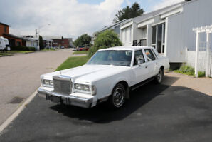 Ford Lincoln Towncar
