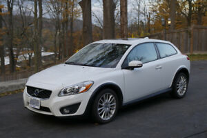 2012 VOLVO C30 - Great condition/Accident Free