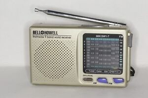 Bell & Howell Short Wave Radio 9 Band World Receiver NEW