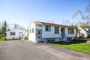 SPACIOUS 4 BEDROOM WITH DETACHED POTENTIAL INCOME