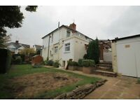 3 bedroom house in Woodleigh Avenue, Finchley, N12