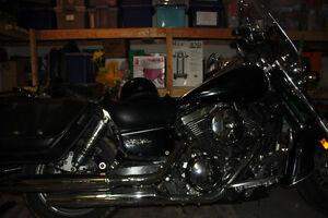 Moto 1500 en très bonne condition