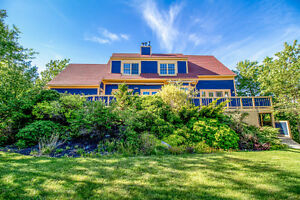 191 Middle Cove Road - Tennis Court/1.4Acres/3Fireplaces