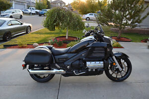 2014 Honda Gold Wing Valkyrie (Price Negotiable)