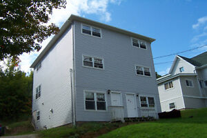 FOR RENT ~ 4 bedrooms ~ ACADIA STUDENTS