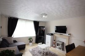!!Huge Bargain!!Immaculate 2 bed flat off langstracht, opposite tesco !