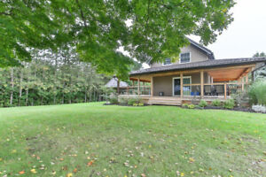 Private lot Backing onto Ravine