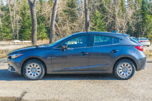 2014 Mazda 3 GT in great cond! Low km! summer/ winter tires incl