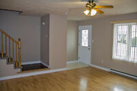 3 Bedroom Duplex - Quiet Neighbourhood - Moncton