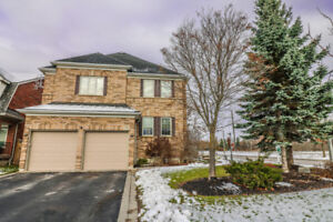 ALL BRICK FAMILY HOME IN AWESOME WILLIAMSBURG COMMUNITY, WHITBY