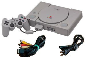 CONSOLE PLAY STATION +5 JEUX**PS2-PS3-GAME CUBE**NES**MANETTE