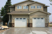 Executive 1/2 Duplex Available To Rent June 1
