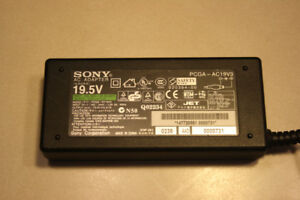 Sony Laptop Power Adapter