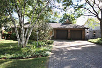 EXECUTIVE LUXURY HOME FOR LEASE (ANCASTER)