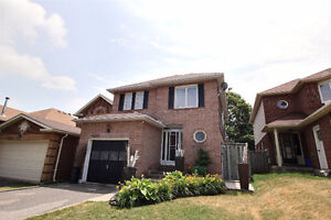 Lovely 3+1 Family Home in Pickering on Quiet Cres.