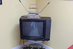 Ancienne TV SONY à donner