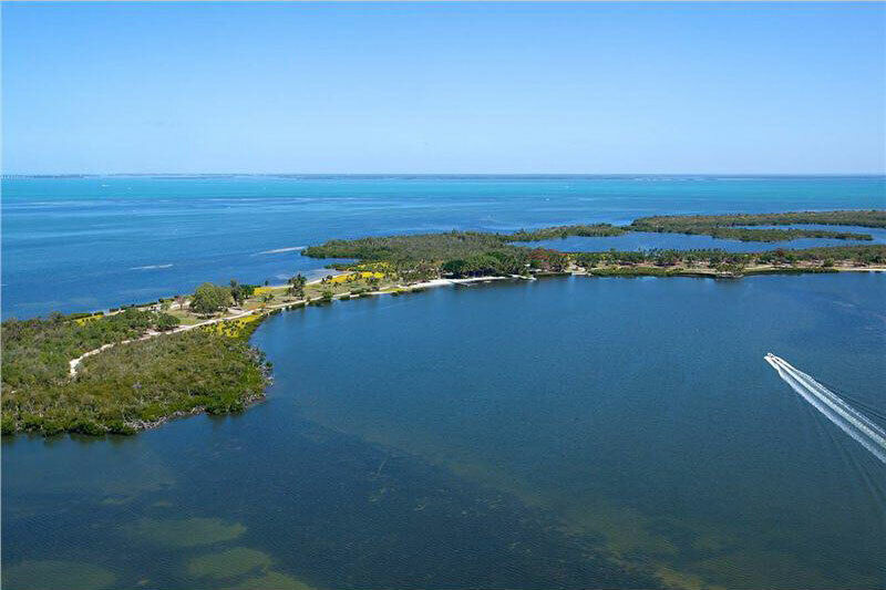 PINE ISLAND, FLORIDA - RES LOT ON ISLAND 200 DOWN -OWNER FINANCE - $200.00