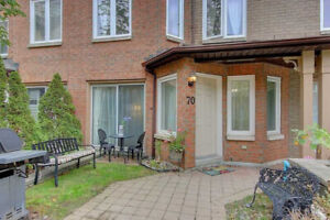 3 Bdrm Townhome in heart of Thornhill