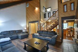 Blue Mountain Chalet - Available Apr 12-14 and May 10-12