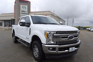 2017 Ford F-350 Lariat Diesel/Nav/Heated Cooled Seats $69,897