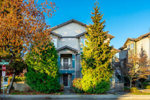 IMMACULATE 4-BED RICHMOND TOWNHOUSE FOR SALE $999,000