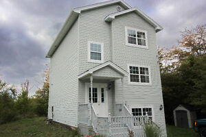 Great Starter Home in Middle Sackville with lots of land!