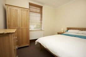 DOUBLE OR SINGLE ROOM TO RENT, ALL BILLS INC, NO DEPOSIT REQUIRED, FULLY FURN TO VERY HIGH STANDARD