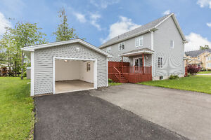 OPEN HOUSE: SUNDAY, JULY 24TH, 2:00-4:00PM