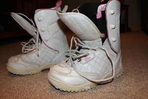 Girls Size 3 Snowboard Boots London Ontario image 1