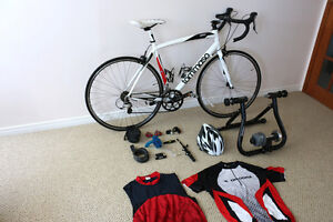 Tommaso Monza Aluminum Tiagra Road Bike with Carbon Fork + extra