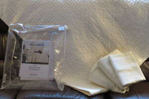 Twin Reversible Blanket and  Sheet Set