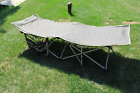 2 CAMPING COTS WITH BAG