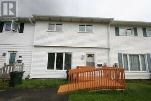 OPEN HOUSE 532 Michael Cres. Saturday Sept 22nd 2:30 to 4:00