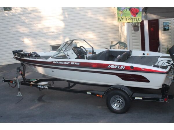 Used 1999 Stratos Boat Co JAVELIN RENEGADE 18FS