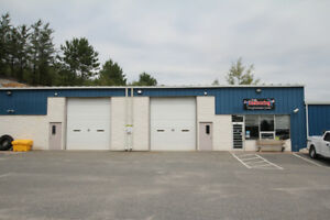 Centrally located warehouse/commercial space for Lease