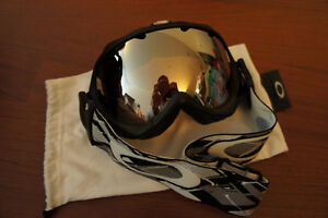Oakley Wisdom Snow Goggle Iridium Lens Ski Snowboard