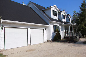 67120 Willowdale Road, Springfield - Listed by Connie Levesque