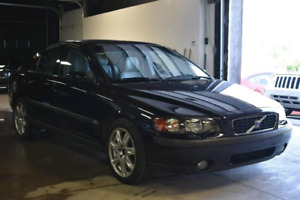 2005 Volvo S60 2.5T All Wheel Drive!!! NEW MVI!!