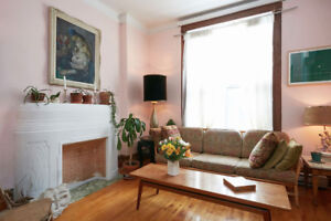 Spacious, Turn-of-the century, 2 Bedroom Apt to Sublet -Mile End