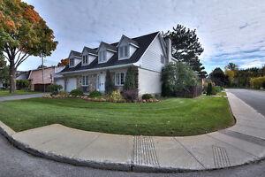 DDO - Spacious family house! / Maison familiale spacieuse!