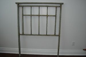 Tete metal pour lit Twin Metal Headboard West Island Greater Montréal image 1