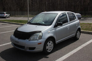 2005 Toyota Echo Hatchback, SEULEMENT 117.000 KM, TRES PROPRE