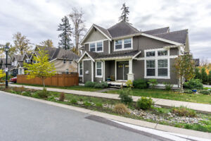 Executive 6 BDRM Home with Legal Suite
