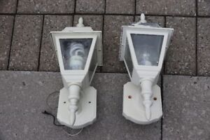 2 Lampes Murales extérieures blanches White Outdoor Wall Lamps