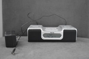 iPhone 4/4s iHome- Speaker, Charger and Alarm Clock Oakville / Halton Region Toronto (GTA) image 1