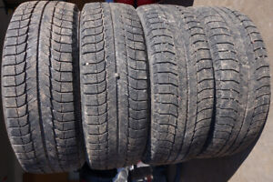 4 - 225/65/17 Michelin Latitude X-Ice Winter Tires