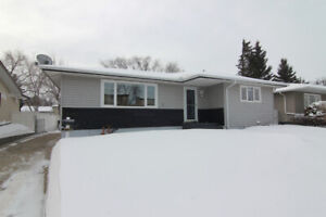 IMMACULATE Bungalow in Sought After Patricia Heights!
